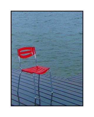 Stuhl im Regen