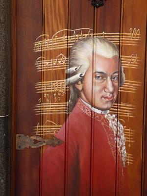 Mozart-Tür