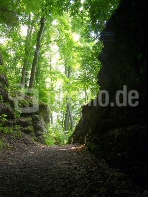 Isar.Höhle