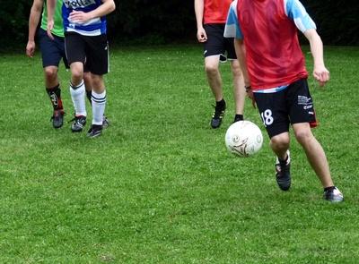 Fußball-Junioren 2