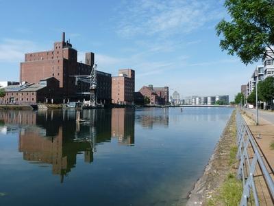 Duisburg-Innenhafen 1