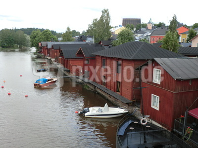 Alte Lagerhäuser am Porvoonjoki