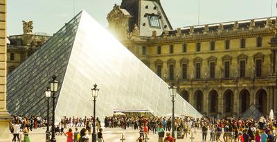 Louvre-Eingang Glas-Pyramide_1