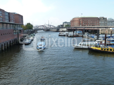 Boote für Speicherstadtrundfahrt