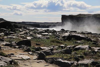 wasser in der (stein-) wüste