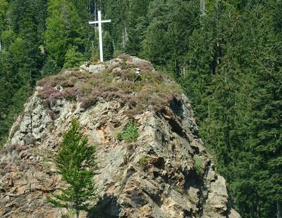 Gipfelkreuz im Hollental