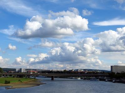 Wolken über Dresden