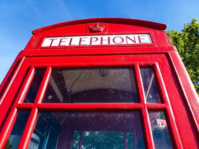Telephone very british 2