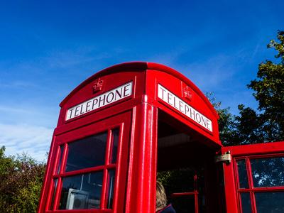 Telephone very british 3