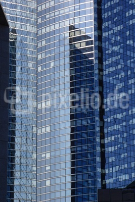 Paris La Defense - faszinierende Fassaden_4