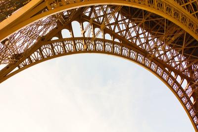 Eiffelturm Basisbogen