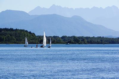 Wassersportparadies vor Alpenkulisse_2