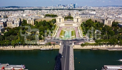 Paris-Panorama Richtung La Defense_2