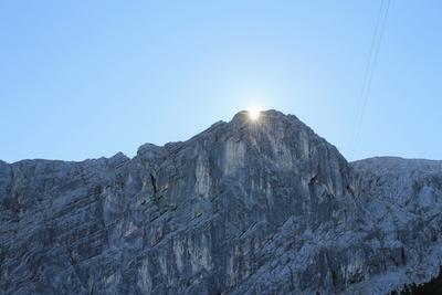 Bergwelt in Licht und Schatten 04