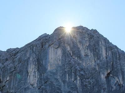 Bergwelt in Licht und Schatten 05