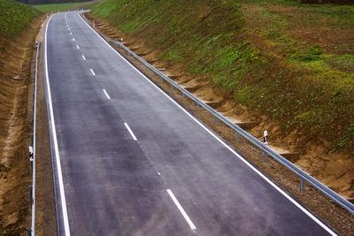 Straßenbau vor Einweihung_1