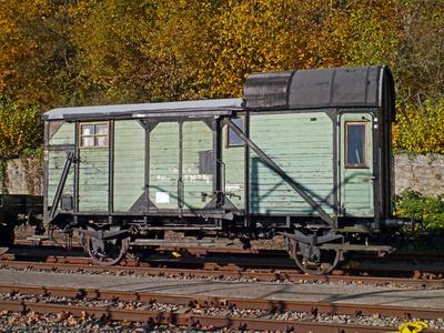 Alter Güterzugbegleitwagen , . . .