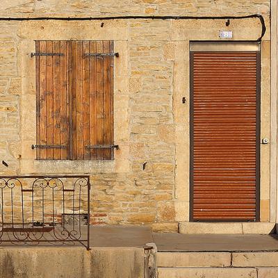 Mediterane Tür und Fenster