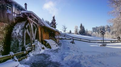 Mönchshofsägemühle in Waldachtal im Winter