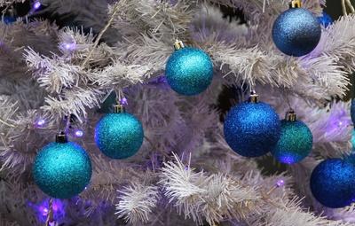 weiß-blaue Weihnacht