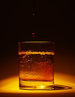 Saft ins Glas