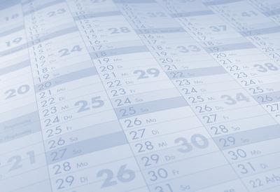 Kalendarium neutral Monate Tage_hellblau_Fond