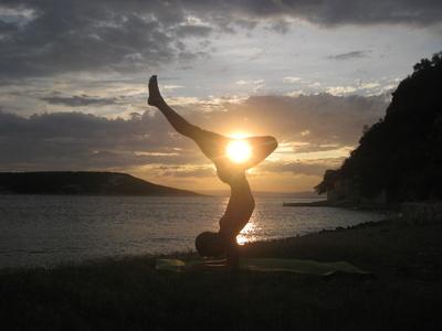 Yoga Skorpion 2