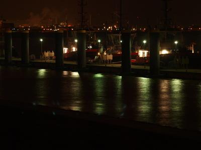 Schlepper auf der Weser an Ihrer Anlegestelle
