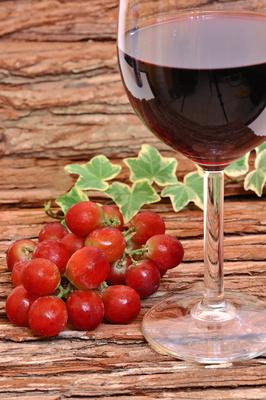 Trauben Weinglass Stil