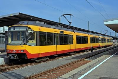 S-Bahn & Strassenbahn der AVG
