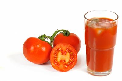 Tomate mit Tomatensaft