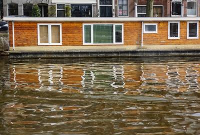 Amsterdamer Grachten - Wohnen auf dem Wasser