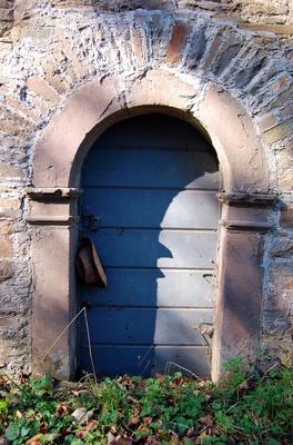 Gärtner-Tür mit Hut