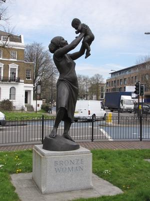 Bronze Woman, erste Skulptur einer Schwarzen in London