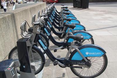 Aufgefädelt - Fahrradverleih in London