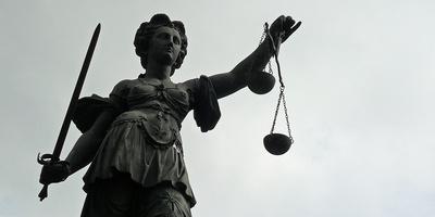 Justitia ..