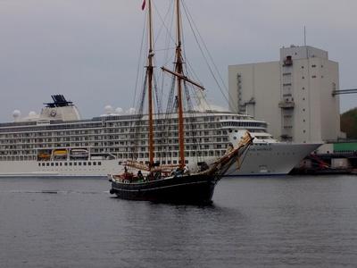Altes Schiff-Neues Schiff