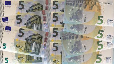 5 Euroschein-Neu ..