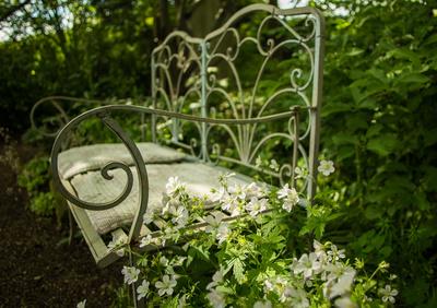 Garten-Romantik weiss-grün 2