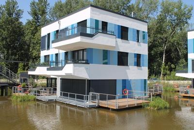 Haus auf Wasser