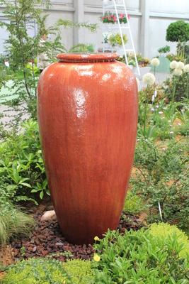 Vase als Brunnen
