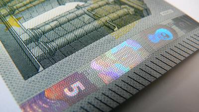 Fünf Euroschein - Neu ....