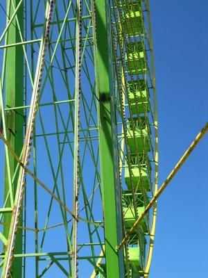 Grünes Riesenrad