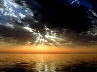 Machtkampf zwischen Sonne und Wolken