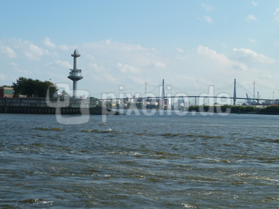 Blick auf Köhlbrandbrücke