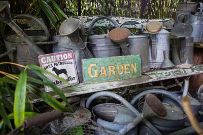 Gärtners Gießwerkzeuge
