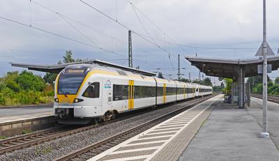 Regionalzug der eurobahn . . . .
