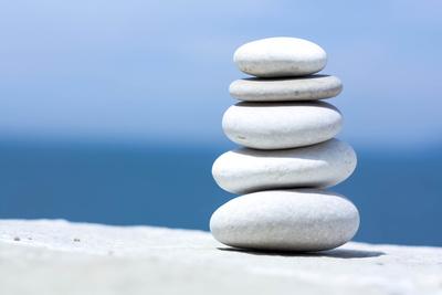 Steine und Wasser in Harmonie