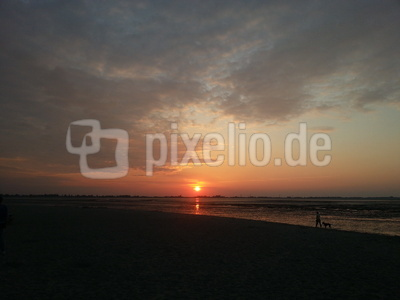 Sonnenuntergang in Hooksiel