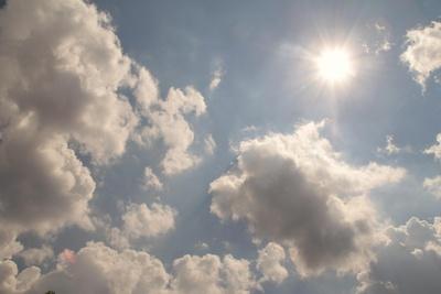 Wolken über der Stadt...02